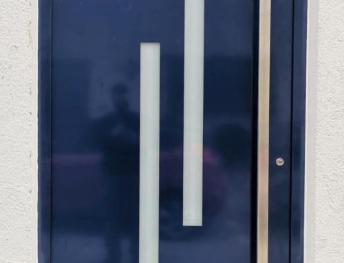 Porta d'alumini